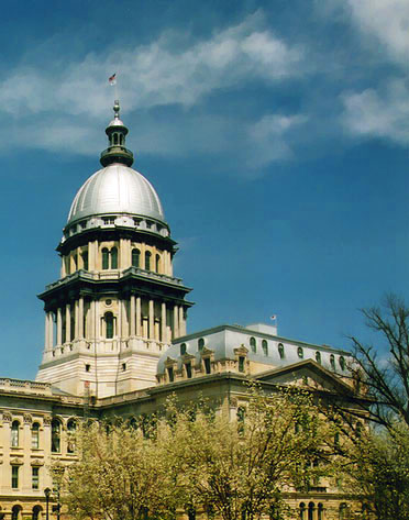 https://12angrymen.files.wordpress.com/2007/03/illinoiscapitol.jpg